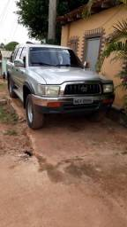 Hilux ano 2002 - 2002