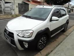 Toyota Etios Cross 1.5 16v - 2015