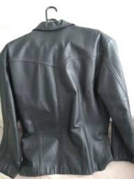 Jaqueta de couro na cor Preta