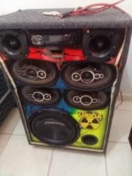 Vende-se caixa de som top !