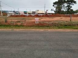 Terrenos em Contenda_ Cond. Fechado_ a 500 mts da Igreja Matriz-(Centro) R$568,00 mensais
