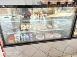 Balcão frente padaria