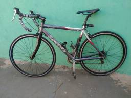 Bicicleta Speed garfo carbono 18s