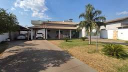 Casa térrea 4 quartos c/ 2 suítes, 110 sul, 280 m², terreno 712m² em Palmas