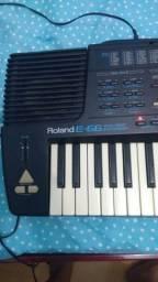 Teclado Roland E66 Órgão Sintetizador em Salvador, Bahia