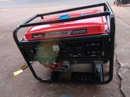 Gerador de energia toyama a gasolina 8 kva