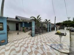 Casa 4 dormitórios ou + para Venda em Cidreira, Centro, 4 dormitórios, 1 suíte, 3 banheiro