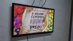 "TV 43"" Samsung Plasma - Parece nova"