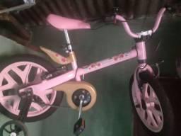 Vendo essa linda bicicleta infantil