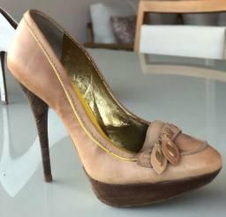 Sandálias 37 usada