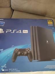 PS4 pro semi novo
