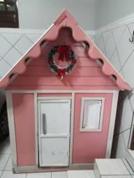 Vendo casinha rosa para princesa
