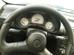 Corsa 2001