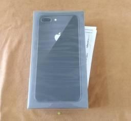 IPhone 8 Plus 64GB Preto lacrado com Nota