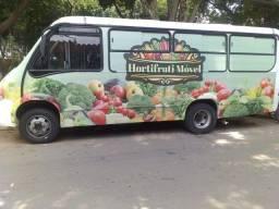 Micro ônibus hortifruti
