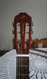 Vende-se violão vogga semi novo  valor : 150,00 .