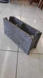 Bloco de concreto rustico 2,10 a unidade a vista dinheiro