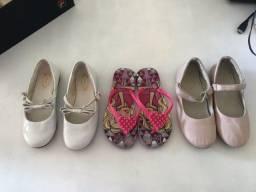 2 sapatos boneca da PAMPILI número 30 e 1 chinelo da Barbie 29/30 -