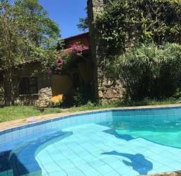 Sítio com piscina e Cachoeira na Serra