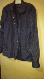 Camisa azul marinho listradas de manga longa semi nova