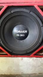 Caixa com auto falante de 15 polegadas
