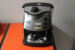 Cafeteira Mondial Espresso C-08 Preta 110v - Usada / Defeito