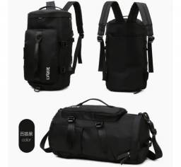 bolsa esportiva, mochila na cor preta