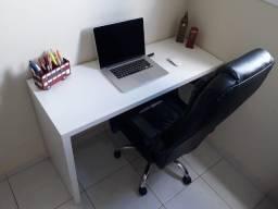 Mesa de escritório Tok&Stok