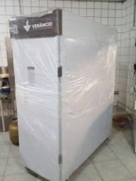 Câmara fria de fermentação de pães