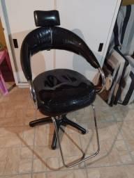 Cadeira hidráulica para salão de beleza usada