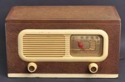 Vendo Knobs de radio antigo