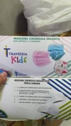 Máscara cirúrgica descartável infantil com 50