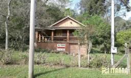 Vende-se Casa em lindíssimo lugar no bairro Parque Pinhal, código 424
