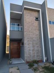 Casa duplex no Eusébio para alugar