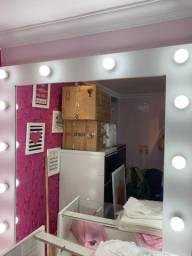Espelho Camarim com as lâmpadas