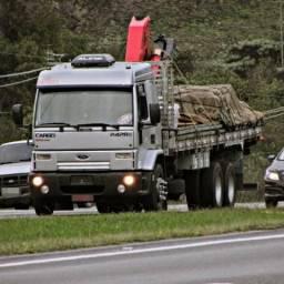 Ford cargo 2428 Gabinado - 2011