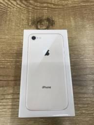 IPhone 8 novo lacrado com um ano de garantia