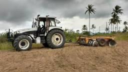 Alugo trator agrícola