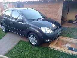 Fiesta sedan completo - 2005