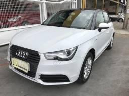 Audi A1 SportBack 1.4T Kult 4 portas 2014 - 2014