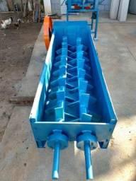Misturador de argila