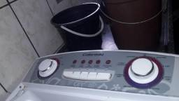 Maquina de lavar roupa para conserto