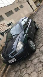 Clio 1.0 8v - 2004