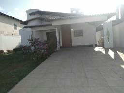 Alugo linda casa na Chacara Brasil