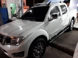 Nissan Frontier SL 2.5 Automática 4x4 2015 40 mil Km - 2015