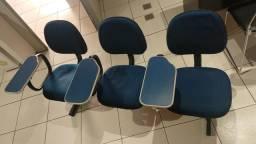 Conjunto de cadeiras R$ 100,00 conservadas, recepcao