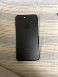 Vendo iPhone 7 plus, com tudo funcionando perfeitamente, única dona, somente venda