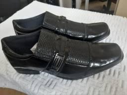 Sapato novo 40, 41 e 42 Aceito cartão
