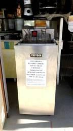 Fritadeira elétrica 5000 w água e óleo Croydon modelo FA25