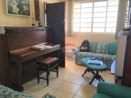 Casa com 3 dormitórios à venda, 218 m² por R$ 350.000 - Alto - Botucatu/SP